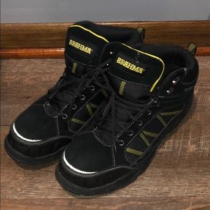 Black & yellow hiker style steeltoe work boot